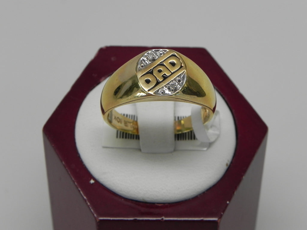 "10K Yellow Gold Ring With ""Dad"" Words"