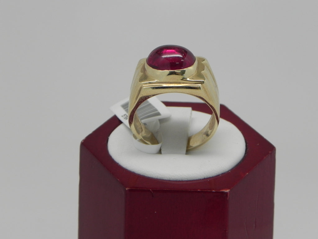 Man Gold Ring 14K Yellow Gold with Ruby