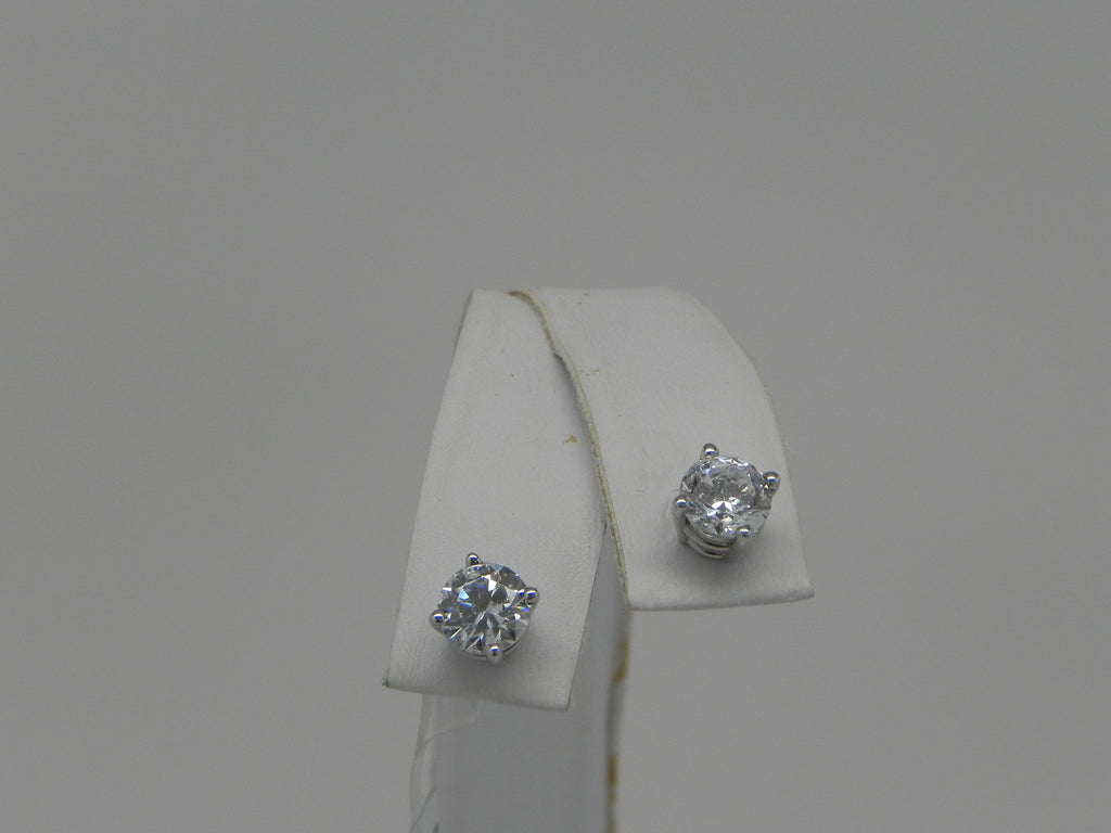 Elegant Women Studs 14K White Gold