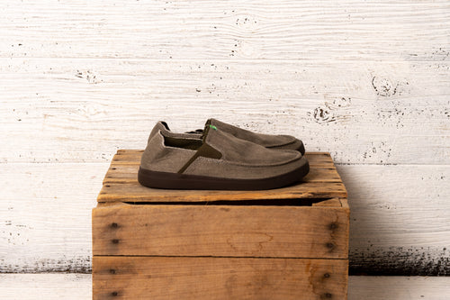 Sanuk Men Pick Pocket Slip-On Sneaker BNDL