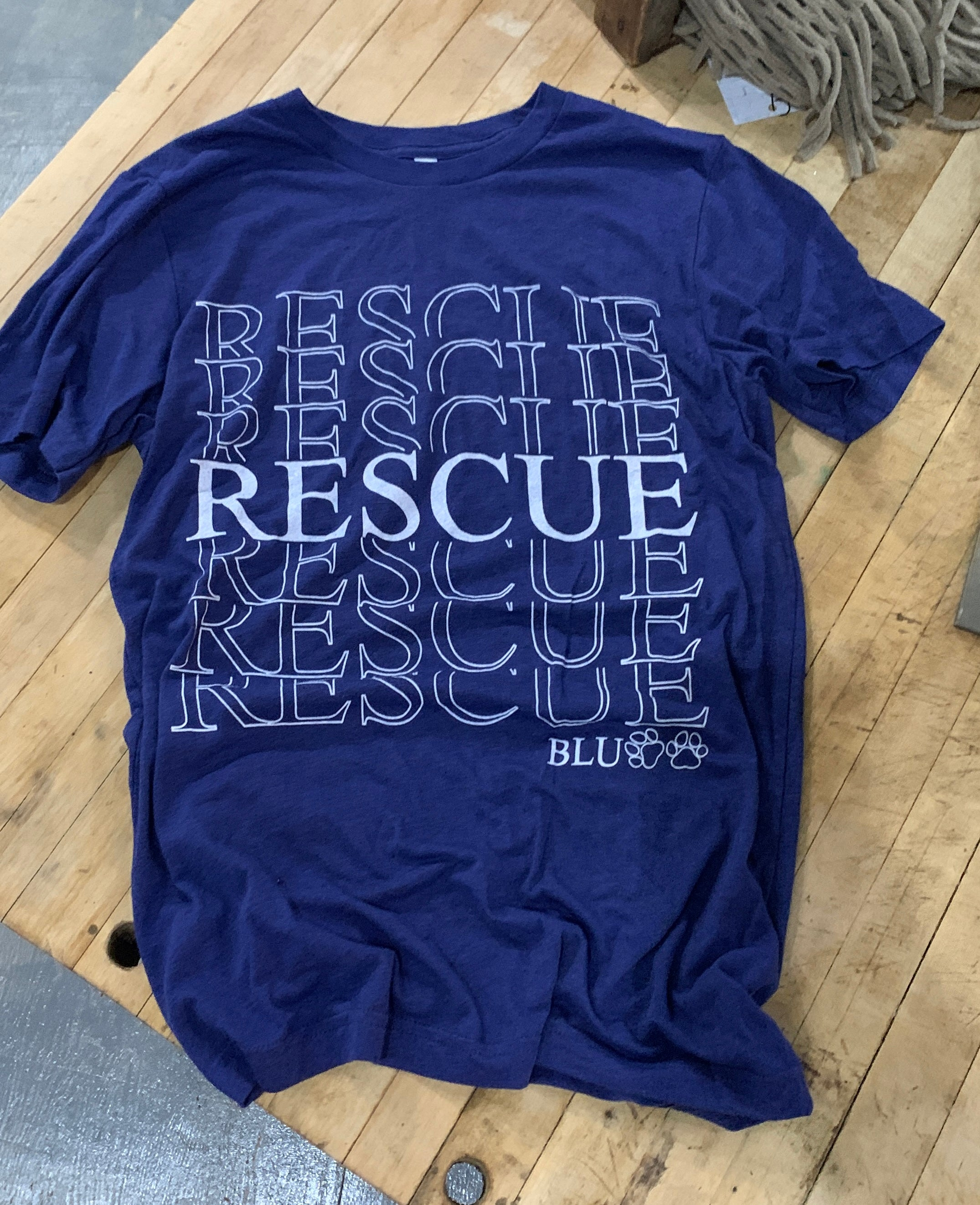 Rescue Tee in Navy