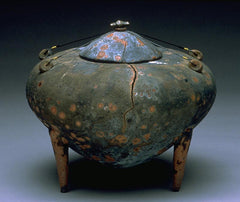 Cracked Amphora, a large pinch pot, by Kristin Doner
