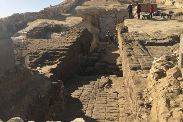An Exciting Discovery of 800+ Ancient Egyptian Tombs at the Middle Kingdom Necropolis