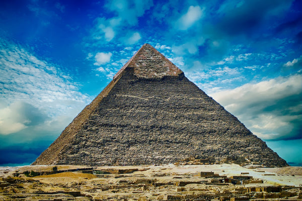 Historians Claim The Pyramids Of Giza Could Be Hiding 'Secret City'