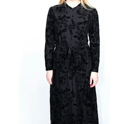 Black Velvet Floral Zipper Robe