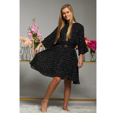Sienna Flutter Pleate Dress: Black (Teen)