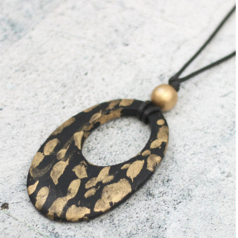 Sylca Necklace: Black & Gold Ember - The Mimi Boutique