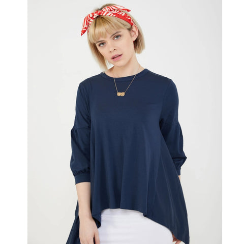 Belle T-Shirt: Navy
