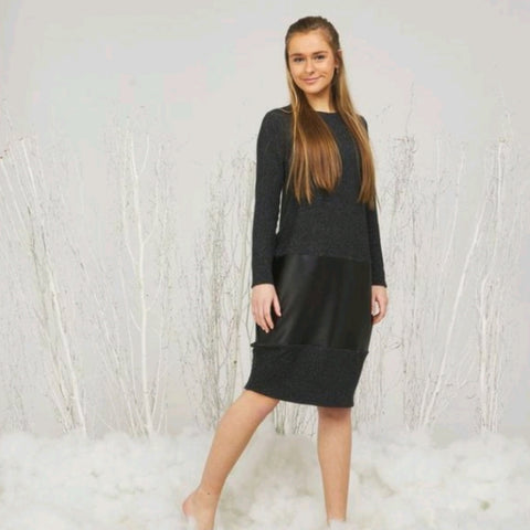Aria Cocoon Dress: Charcoal