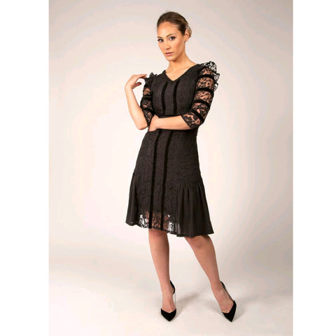 Bella Lace Dress (Lined)