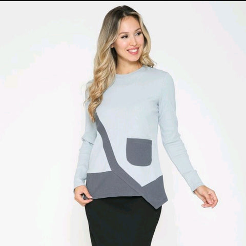 Slanty Pocket Top by Ivee (Smokey)