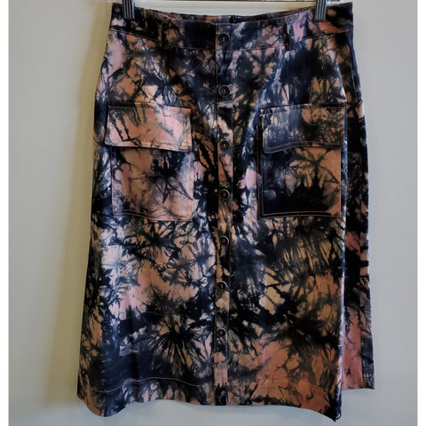 Avery Tye Dye Pocket Skirt by Ivee: Pink/Black