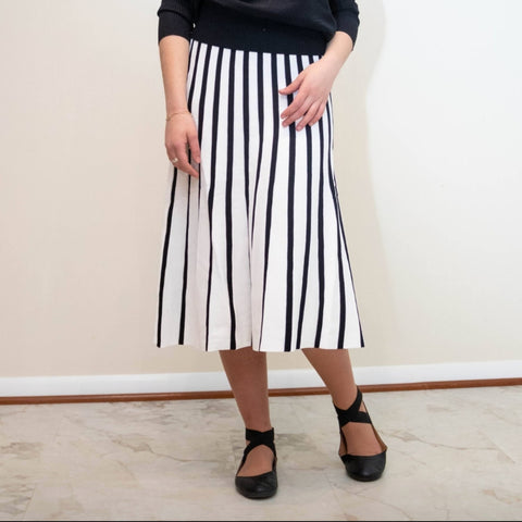 Stripe Knitted Skirt by Ivee: White/Black