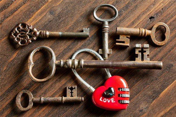 Valentines Gifts for Him [12 More Creative Gifts for your Valentine]