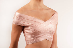 Crop top bandage metalico blush