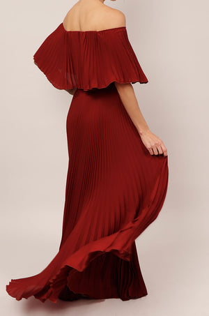 Vestido off shoulder plisado