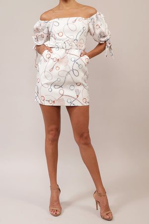 Vestido off shoulder corto print