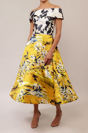 Vestido off the shoulder print