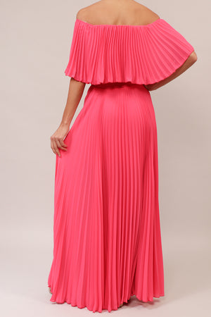 Vestido off the shoulder plisado