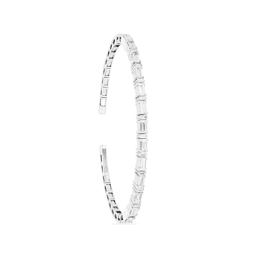 DIAMOND HORIZONTAL BAGUETTE BANGLE