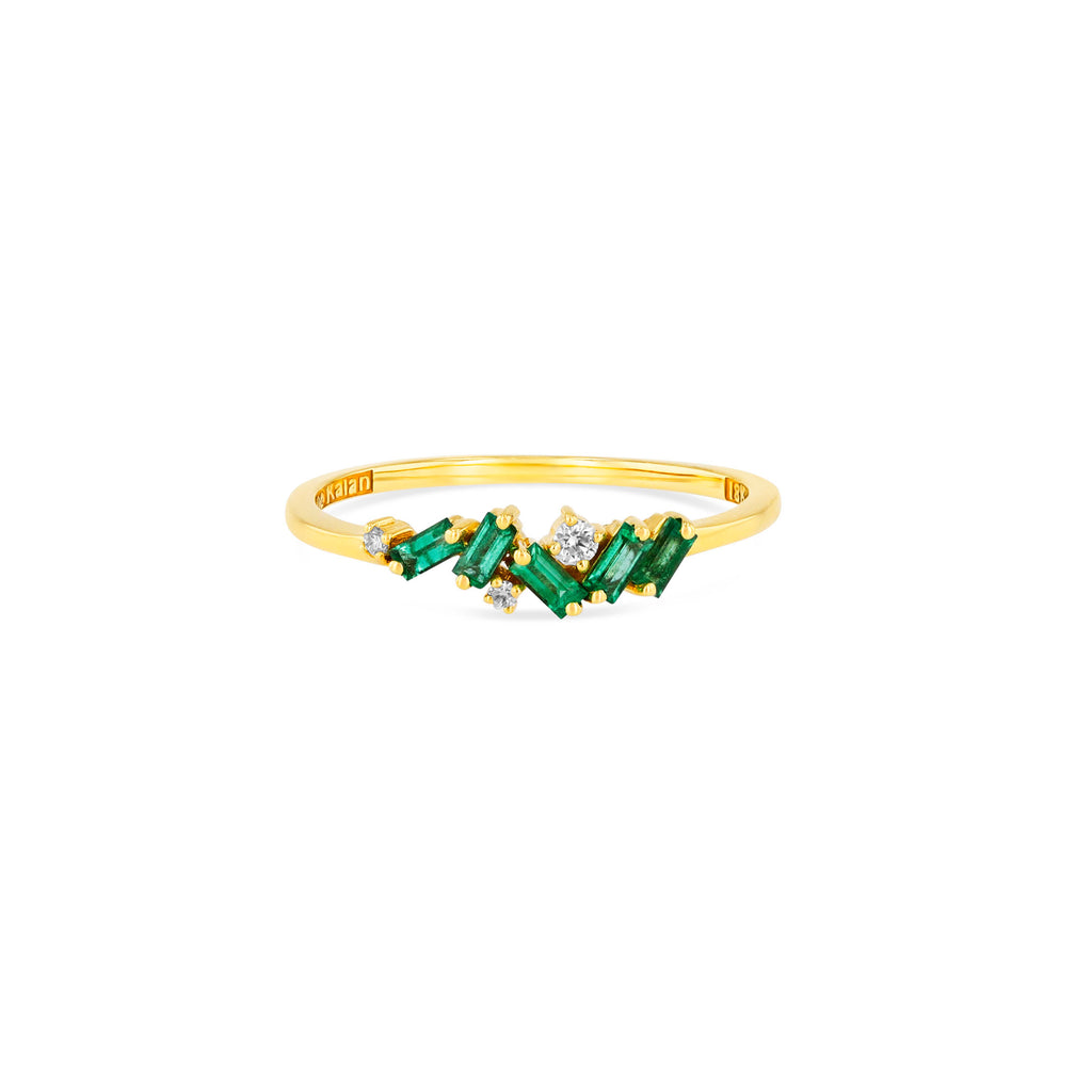 EMERALD CLUSTER RING