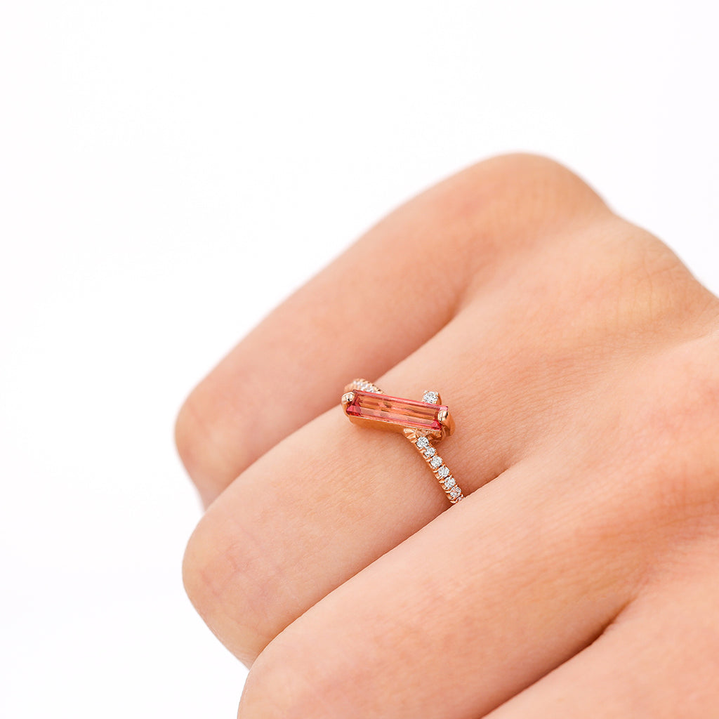 NAXOS SALMON TOPAZ RING