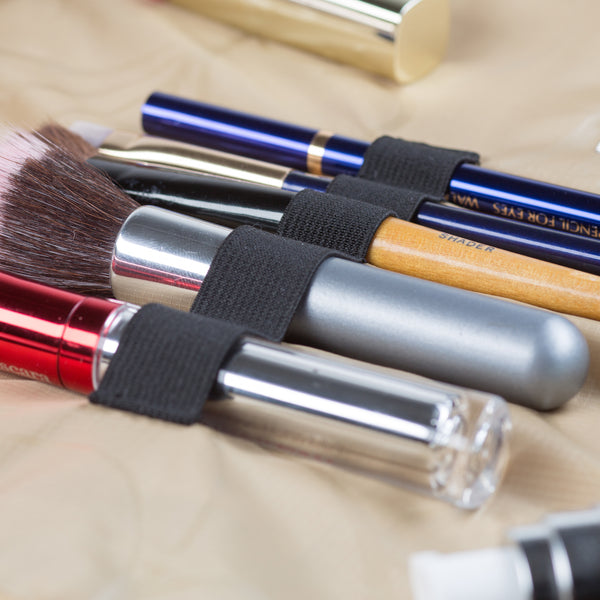 Lay-n-Go COSMO elastic holder to keep makeup brushes brushes safe and organized