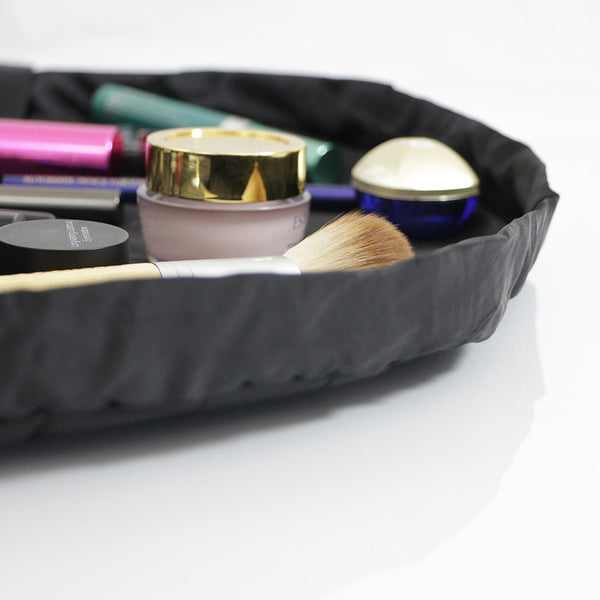 "Lay-n-Go COSMO Deluxe (22"") Black Cosmetic Bag Open"