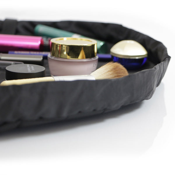 "Lay-n-Go COSMO (20"") Black Cosmetic Bag Open"
