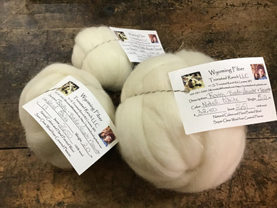 Tronstad Ranch Natural White Border Leicester x Teeswater Roving