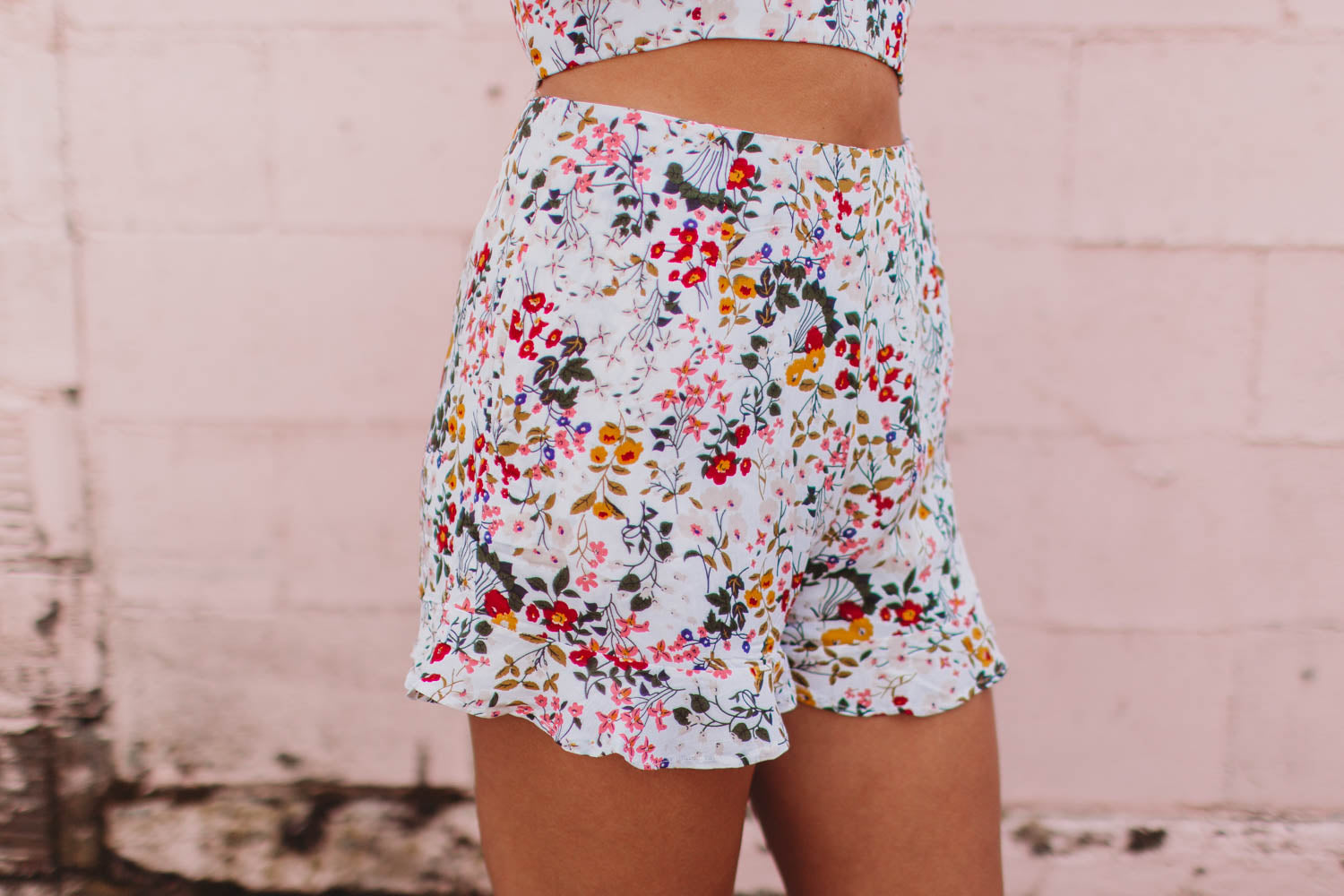 Short - Ruffled Floral Shorts