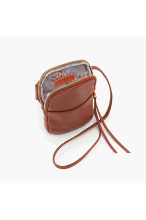 Hobo Fate Crossbody Toffee
