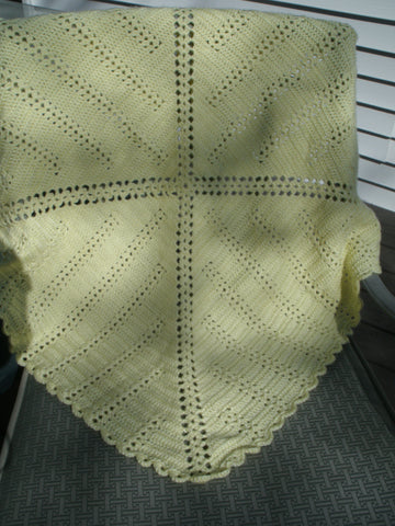 "Baby Blanket - ""Scalloped Edge""   ---  FAST and FREE Shipping"