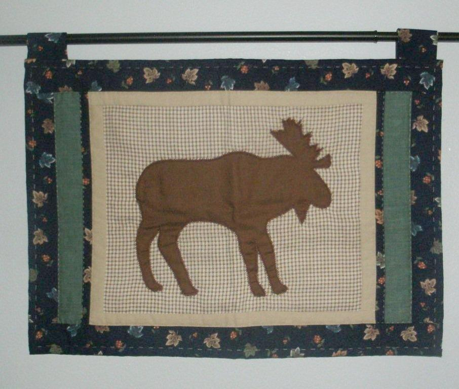 "Quilted ""Adirondack Mini Moose""   Wall Hanging/Place Mat   ---  FAST and FREE Shipping"