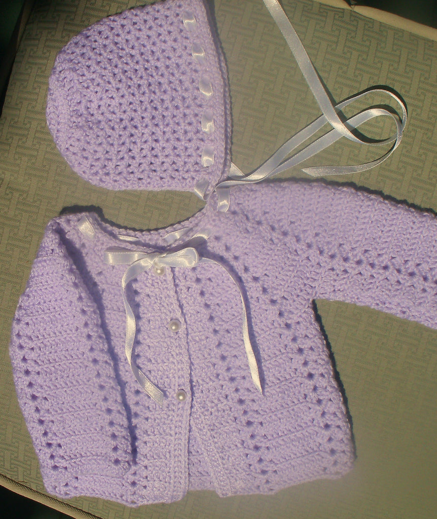 "Baby Sweater Set - ""Scallop Edge"""