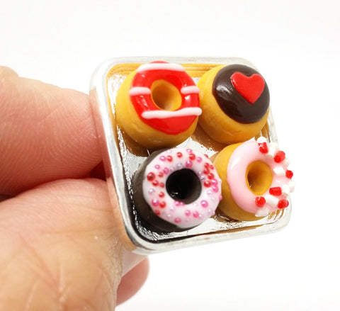 Valentine's Donut Ring - Bakery Charms - 1