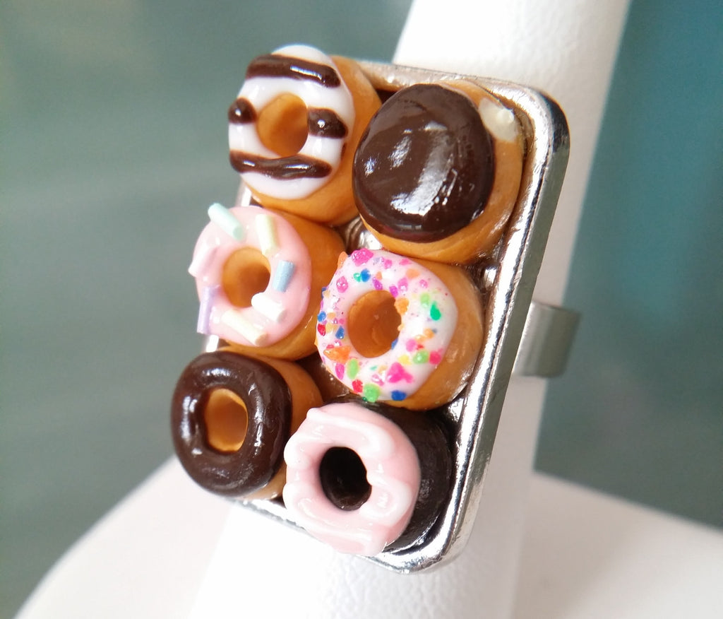 Box of Donuts Ring - Bakery Charms - 1