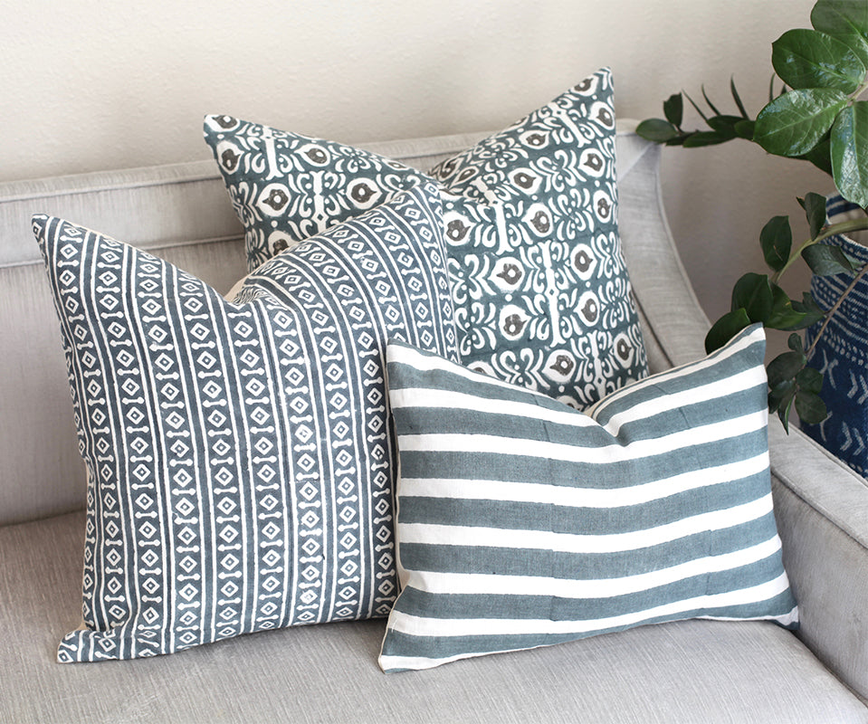 blue and white linen throw pillows