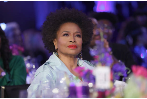 2019 Essence Black Women In Hollywood Awards Luncheon - Inside Look