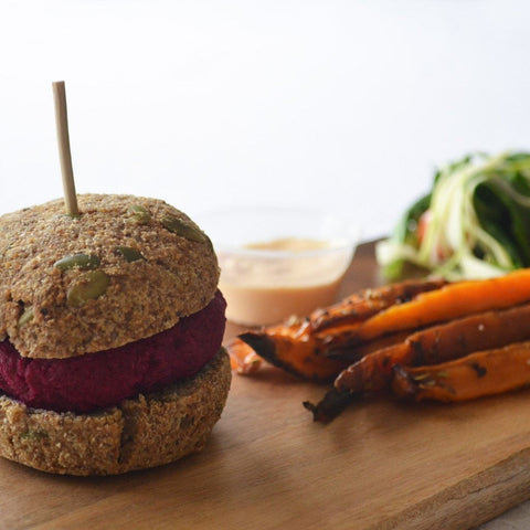 Beet Slider with Sweet Potato Wedges, Salad and  Vegan Mayo