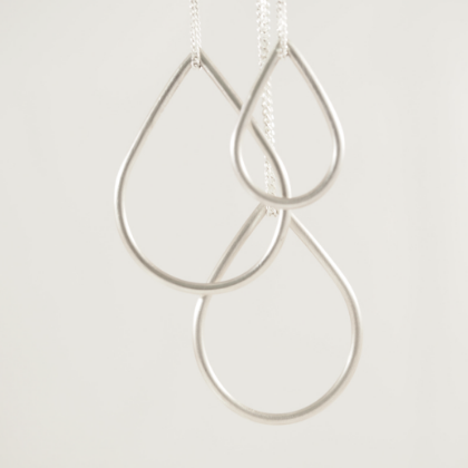 TEARDROP SILVER NECKLACE - Connie Dimas Jewellery