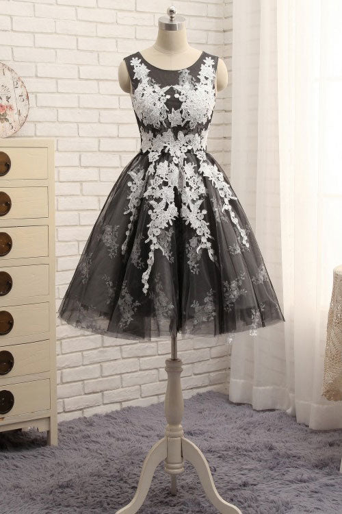 Black round neck tulle lace applique short prom dress