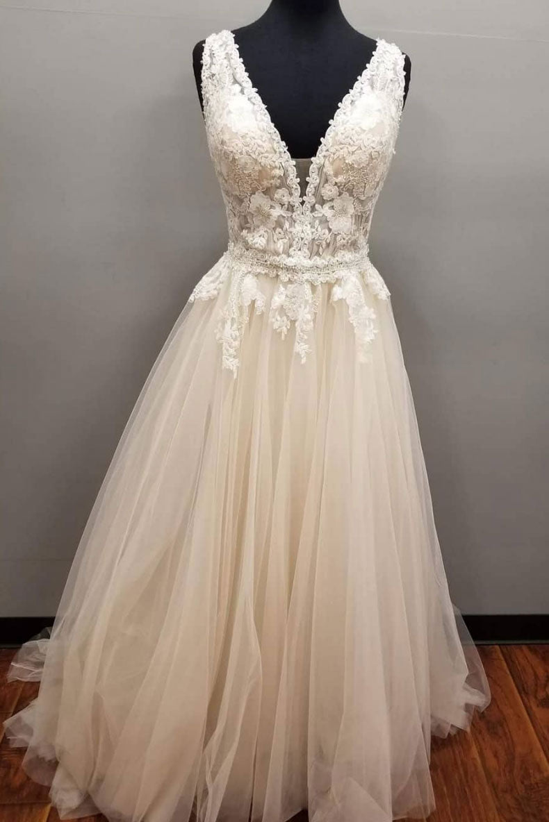 Champagne v neck tulle lace long prom dress. champagne tulle evening dress