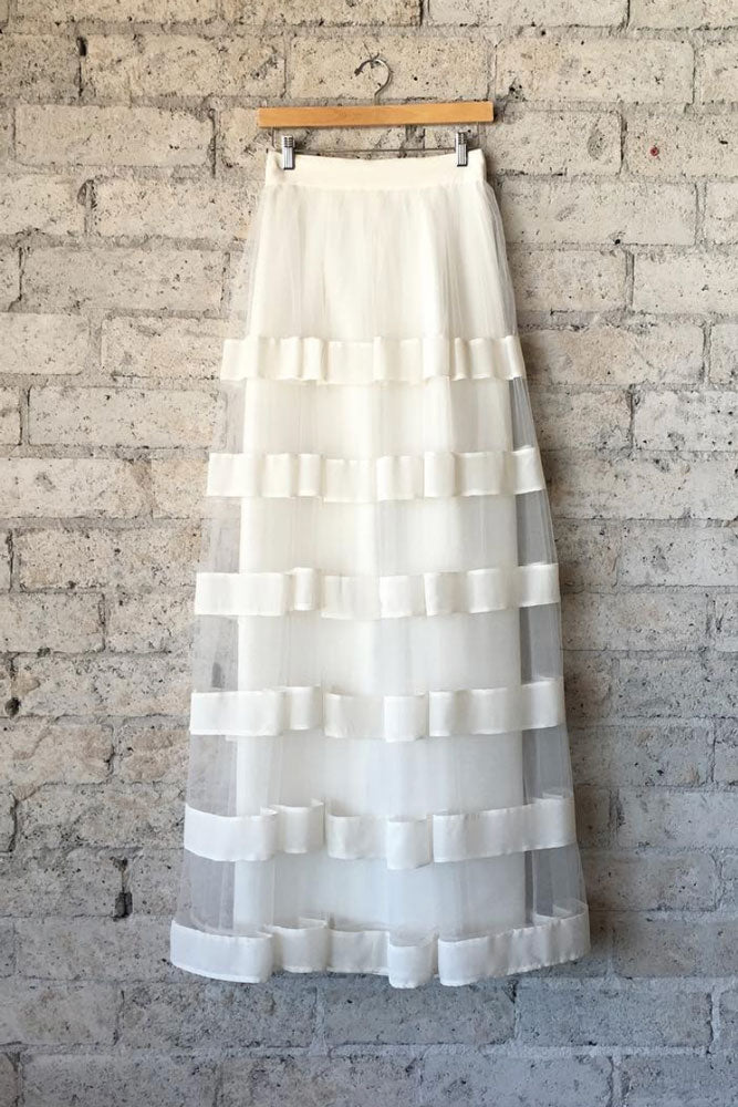 Cute white tulle Floor length skirt, white tulle homecoming skirt.