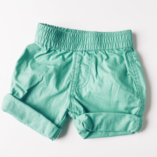 Milky green shorts</br>3-6 months