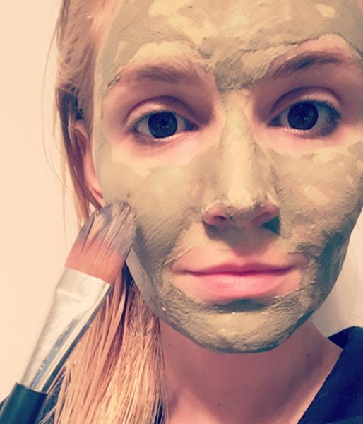 tutorial: how to use a face mask