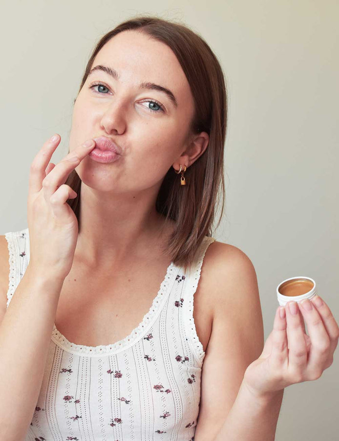 Load image into Gallery viewer, vegan Coffee Lip Balm