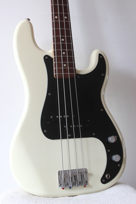 Squier MIJ Precision Bass Silver Series Vintage White 1993/4