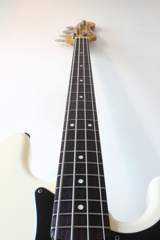 Fender Japan '70 Reissue Precision Bass PB70-70US Olympic White 2002-04