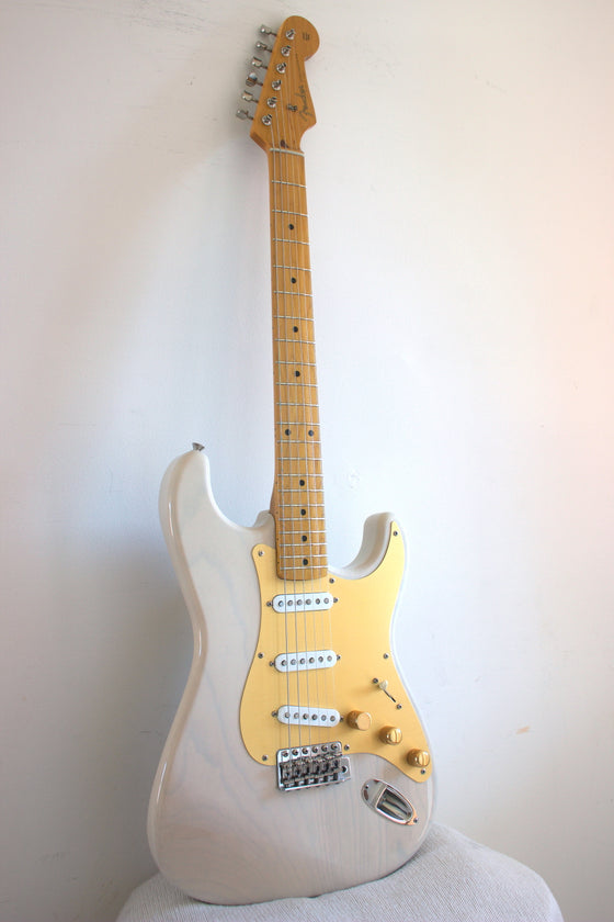 Fender Japan '57 Reissue Stratocaster ST57-70TX US Blonde 2004-05